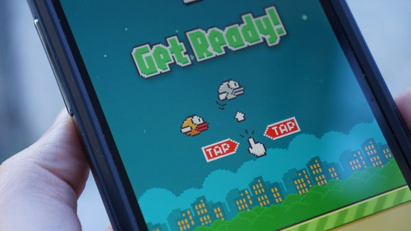 This Robot plays Flappy Bird, and it's pretty good too!